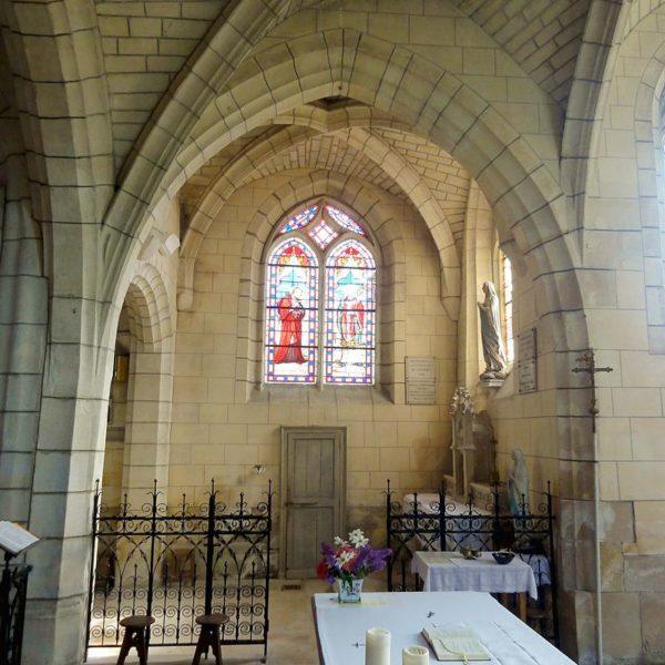 Choeur, vue dans la chapelle de la Vierge