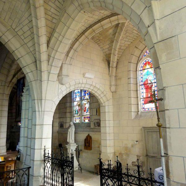Vue dans la chapelle de la Vierge